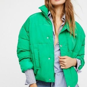 Free People Green Slouchy Puffer Jacket!